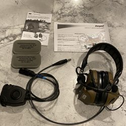 3M Peltor Comtac III Single Comm – Coyote Brown
